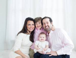 Kimberly and Justin Whitman family. photo from Mom Style Lab.